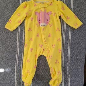 Carter's 6m Yellow Zip Footie w Pink Giraffe Image